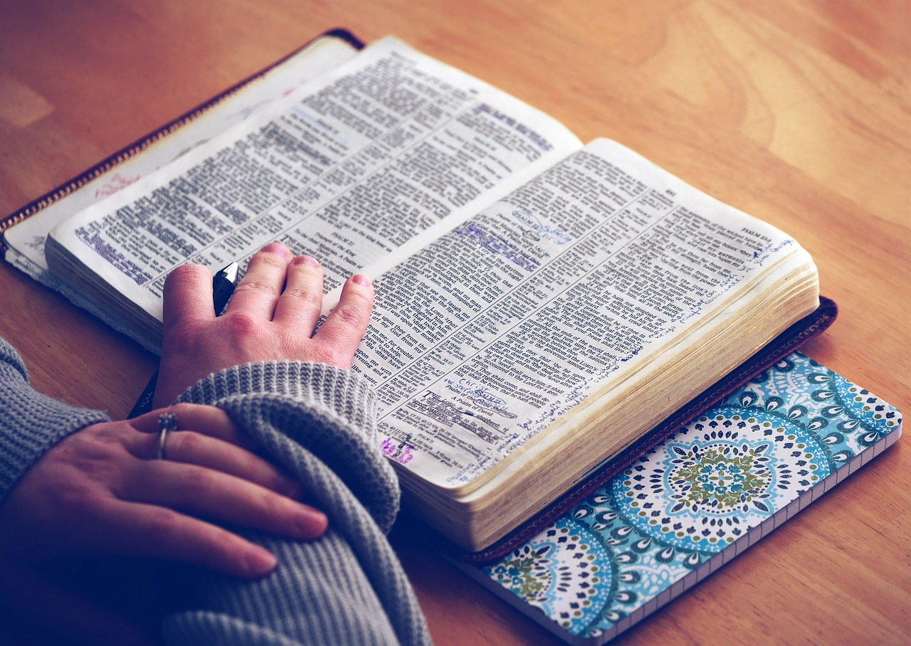 What Does the Bible say About Speaking in Tongues